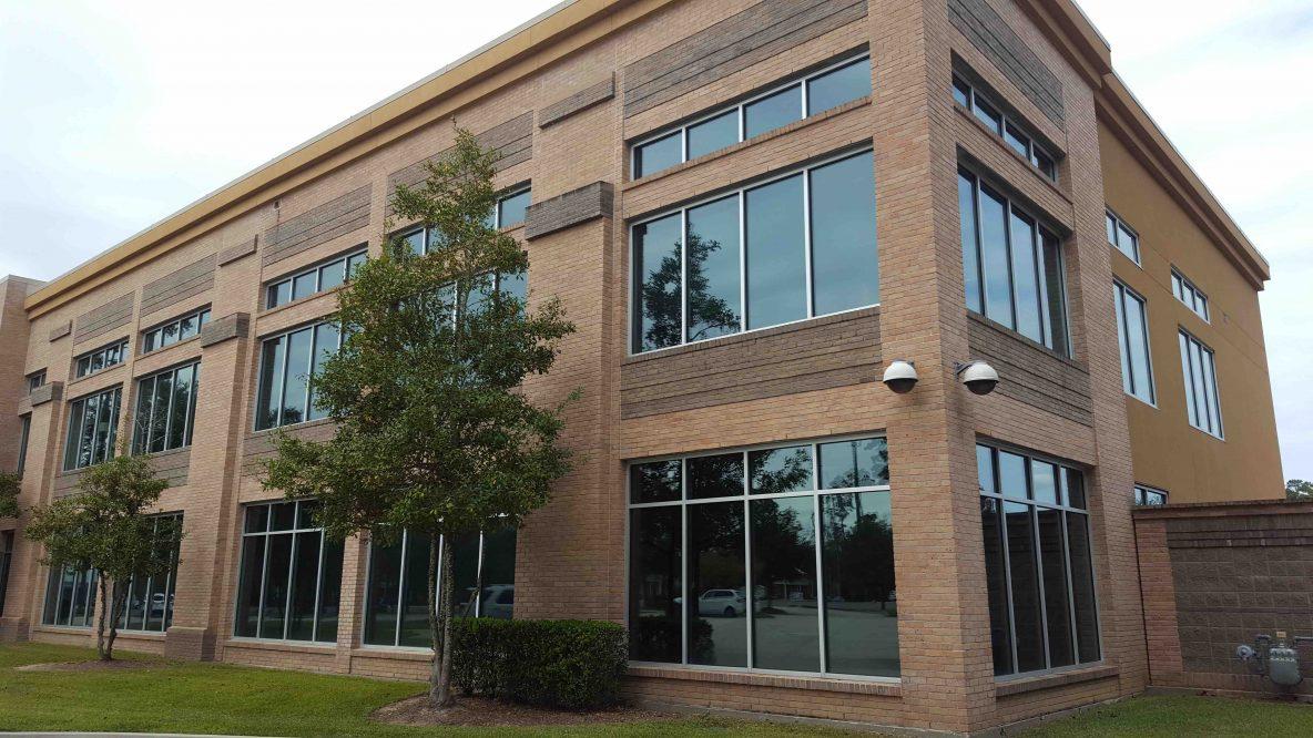 Gray Insurance in Mandeville, LA Uses Window Tint to Combat Heat & Glare